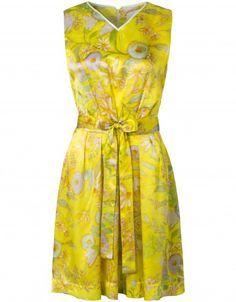 This striking dress is made of Italian silk. The classic Oilily print is hand-designed.
