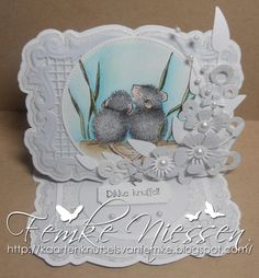 made by femke niessen: big hug house mouse card. all white easelcard.