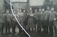 Husaren der Reserve mit Kreuz an Pelzmütze feldgraue Attila ww1
