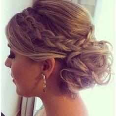 Get this look with @pbahiruniverse XXL Bun Donuts and Plait Hair Bands #hair #inspo #hairinspiration #hairfashion #hairtrend #plait #bun
