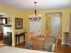 paint color idea for dining room