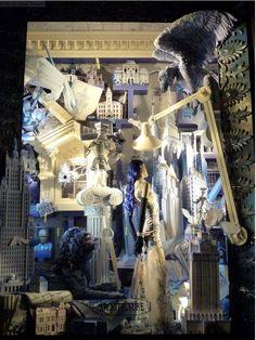 Bergdorf Goodman presenta: le arti. L'architettura. (Vetrina di Bergdorf Goodman, New York)