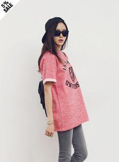 Today's Hot Pick :タイガー半袖Tシャツ【iamyuri】 http://fashionstylep.com/SFSELFAA0002119/iamyuriijp/out 伸縮性を持ち合わせた起毛半袖Tシャツ。 クールなブラックとカラフルなレッドをご用意。 起毛ならではの柔らかな手触りで着心地もGOOD! 楽してかわいいカジュアルルックがこの1枚で完成です!