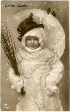 Vintage Snowman Image - Funny Old Photo - The Graphics Fairy