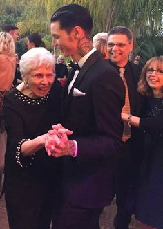Andy Biersack dancing with his Grandmother Anne Flanders at the Wedding - OMG gorgeous (his parents Chris and Amy Biersack behind)
