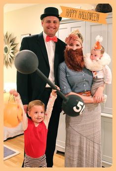 We love adorable Halloween Costumes! Look at this cute circus family - strongman, circus ring leader, bearded lady Circus Family Costume, Circus Costume, Family Halloween Costumes, Halloween Kostüm, Halloween Cosplay, Holidays Halloween, High Holidays, Halloween Inspo, Group Halloween