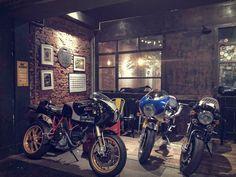 Ducati Sport Classic, Garage, Motorcycle, Vehicles, Carport Garage, Garages, Motorcycles, Car, Motorbikes
