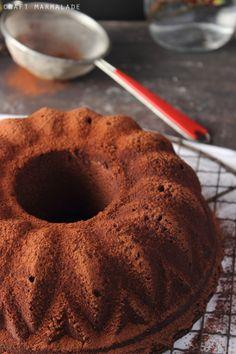 Ciambellone al cioccolato fondente