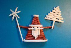 Artisanat Master-Class produit Nouvel An Weave gel Newsprint photo 1 Christmas Baskets, Christmas Crafts For Kids, Christmas Tree Ornaments, Holiday Crafts, Christmas Diy, Christmas Decorations, Straw Weaving, Weaving For Kids, Paper Weaving