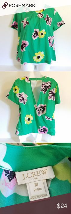 J. Crew green floral tropical open back blouse PM J. Crew bright green floral tropical blouse. Pretty open back design. Excellent used condition! No holes, stains or wash wear. 100% polyester. Machine washable. J. Crew Factory Tops Blouses
