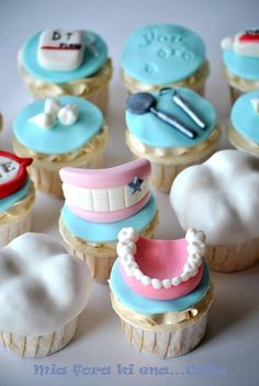 * Dentistry cupcakes!
