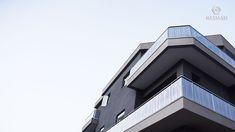BALUSTRADE - ΚΑΓΚΕΛΟ- CURTAIN Facade Architecture, Facades, Skyscraper, Multi Story Building, Skyscrapers, Facade