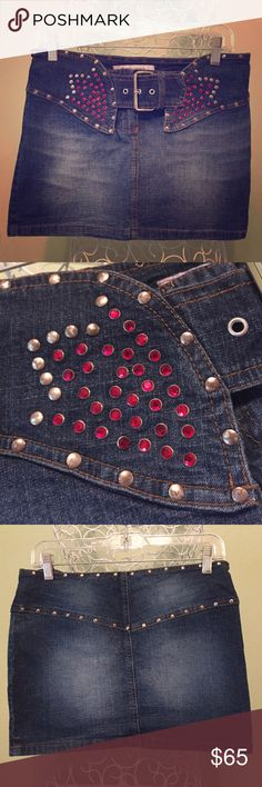 FORNARINA Bling Western Jeans Mini Skirt, size medium, worn, but good condition ( ask questions BEFORE buying to avoid returns!), beautiful sparkly red rhinestones on the front, silver studs, zipper and buckle, stretchy, 100% Cotton, - I will take pics before shipping to avoid scam!) 🤗 Fornarina Skirts Mini