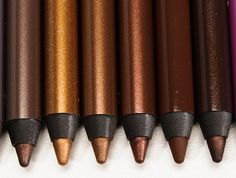 Urban Decay 24/7 Eyeliners: Corrupt, Whiskey, Roach, Smog, Scorch Reviews, Photos, Swatches. Love the metallics