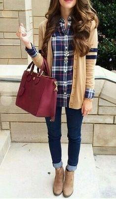 Chemise à carreaux, sac bordeau