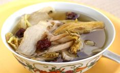 Vegetarian Herbal Lotus Root Soup:   Ingredients (A) 100g lotus root, skinned and cut into thick strips 25g yuk chuk, rinsed and soaked 10 red dates 5g dong gwai 2 pieces dried beancurd sticks, soaked till soft and cut into 4cm pieces (B) 10g ginger, shredded …