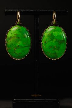 18 carat yellowgold, opals, brilliants.  Oorbellen. Earrings #Oorbellen #Earrings #Juwelen #Jewelry #LillyZeligman  www.lillyzeligman.com