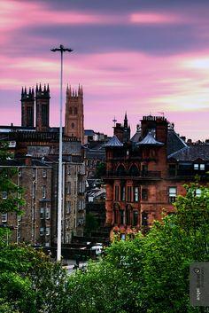Warm nightfall in Glasgow
