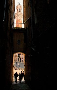 Italy - Sienna: All Seeing Tower