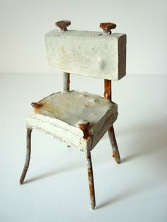 Throne - Concrete and nails - Sharon Pazner Cement Art, Concrete Art, Concrete Sculpture, Sculpture Art, Clay Sculptures, Love Chair, Concrete Stone, Concrete Crafts, Paperclay