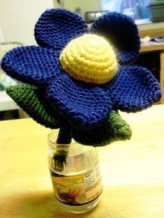Treegold & Beegold: Weekly Project #1: Crochet Flower