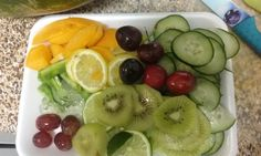 For my 1st mix : Apricots, nopal, aloe vera, kiwi, lemon, lime, cucumber, cherries, grapes.