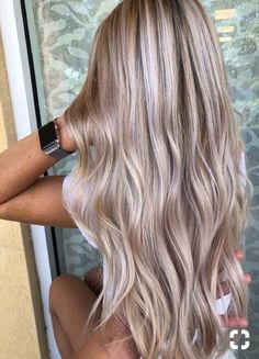 71 most popular ideas for blonde ombre hair color - Hairstyles Trends Blonde Hair Looks, Blonde Hair With Highlights, Brown Blonde Hair, Shades Of Blonde Hair, Blonde Hair Lowlights, Highlighted Blonde Hair, Blonde Honey, Hair Streaks, Medium Blonde