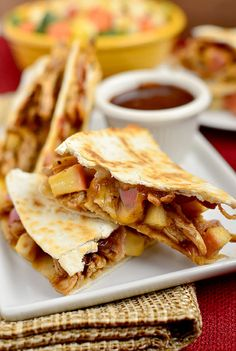 BBQ Chicken, Apple, Bacon, Cheddar Quesadillas Recipe ummm this looks delicious Bbq Chicken, Chicken Recipes, Chicken Bacon, Smoked Chicken, Small Chicken, Chicken Meals, Rotisserie Chicken, Good Food, Yummy Food