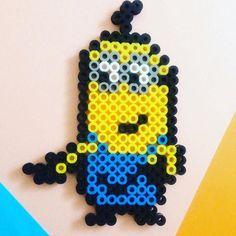 Kevin minion perler beads by yoko. Diy Perler Beads, Pearler Beads, Minions, Yoko, Bead Art, Crafts, Instagram, Design, Hama