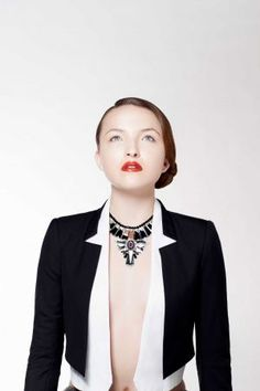 New year, new looks - Houston Chronicle. LIP SERVICE  THE LOOK: Inspired by the streets of Paris and Milan, this European white-collared lady look features perfect, polished skin paired with a perfect, polished lip. Photography: Julie Soefer, juliesoefer.com  Hair, makeup and nails: Tree Vaello, treevaello.com  Model: Bay Berger with Neal Hamil Agency