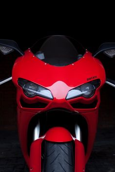 Ducati Motorcycle : Photo