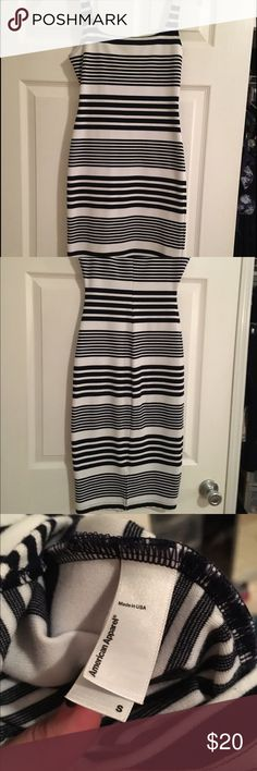 American Apparel Midi Striped Bodycon Dress American Apparel Midi Striped Bodycon Dress. Size Small. Gently worn. Black and White. American Apparel Dresses Midi