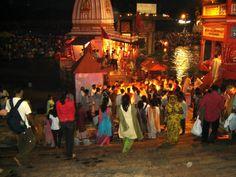 #magiaswiat #Haridwar #podróż #wakacje #zwiedzanie # indie #blog #ghaty #ganges Haridwar, Indie, Blog, Painting, Art, Art Background, Painting Art, Kunst, Blogging