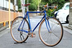 Classically dressed Surly Steamroller' via Blue Lug