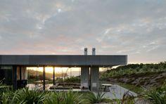 Ein Haus auf einer Insel.
