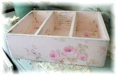 Romantic Vintage Roses Organizer