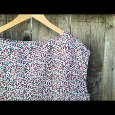 """💕Vintage Inspired Boxy Top This cute blouse has a fun pattern and folded pleats at top. Made of 100% polyester, in great condition. Length is 23"""", Bust is 42"""" waist is 42"""". Make an offer or bundle and save 💕 Forever 21 Tops Blouses"""