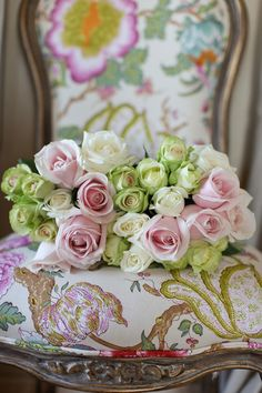 simply roses on fabric...