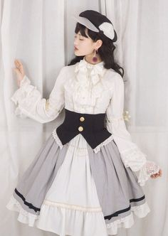 Lees Theater Lolita -Migration Before Dawn- Lolita Blouse