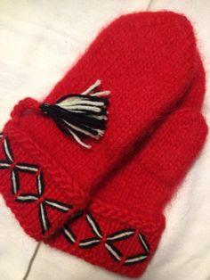 Genuine Lovikka mittens. Very well made. According to swedish tradition. Handcraft