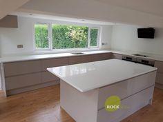 Bianco Puro - Hook Norton, Oxfordshire - Rock and Co Granite Ltd Handleless Kitchen, Corner Bathtub, Granite, Alternative, Corner Tub