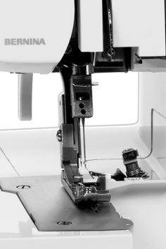 The BERNINA L 450 sews quickly and smoothly at any speed. It stitches and cuts thick fabrics with ease and precision. Plus, it stitches wave-free seams in knits and pucker-free seams in fine fabrics with differential feed.