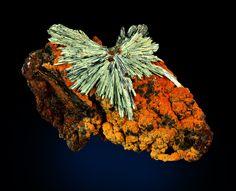 Köttigite. Ojuela Mine, Mapimí, Durango, Mexique Taille=67 x 46 x 32 mm Ex collection Wolfgang Henkel / Photo Dan Weinrich