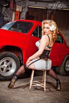 pinup-hotrod:Hotrod Pinup   #rockabilly #model #ratrod #girl