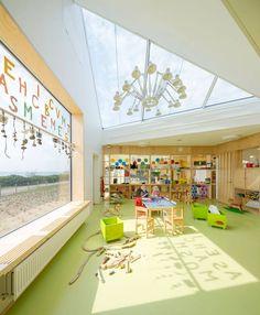 dorte mandrup arkitekter, Kopenhagen, Kindertagesstätte, Schweden, Fassade, Holz, Dachlandschaft, Natur, Innenansicht