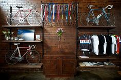 If I had a walk-in closet like this... sigh!  #bike #decor