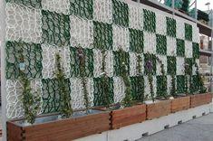 Výsledek obrázku pro truhlíky na balkon