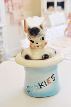 Completely adorable bunny-in-top-hat vintage cookie jar. #rabbit #bunny #vintage #cookie #jar #kitchen #kitschy #kitschy #retro