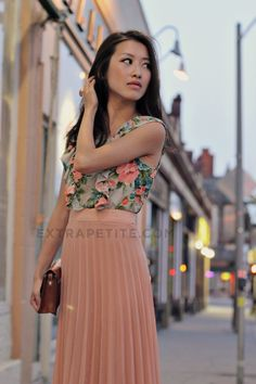 I love pleated skirts and soft floral prints