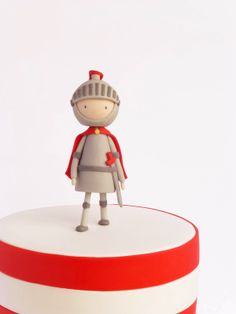 Not a peg doll, but will make a cute one! Fondant Toppers, Fondant Cakes, Cupcake Cakes, Cupcake Toppers, Cake Topper Tutorial, Fondant Tutorial, Wedding Cake Designs, Wedding Cake Toppers, Wedding Cakes